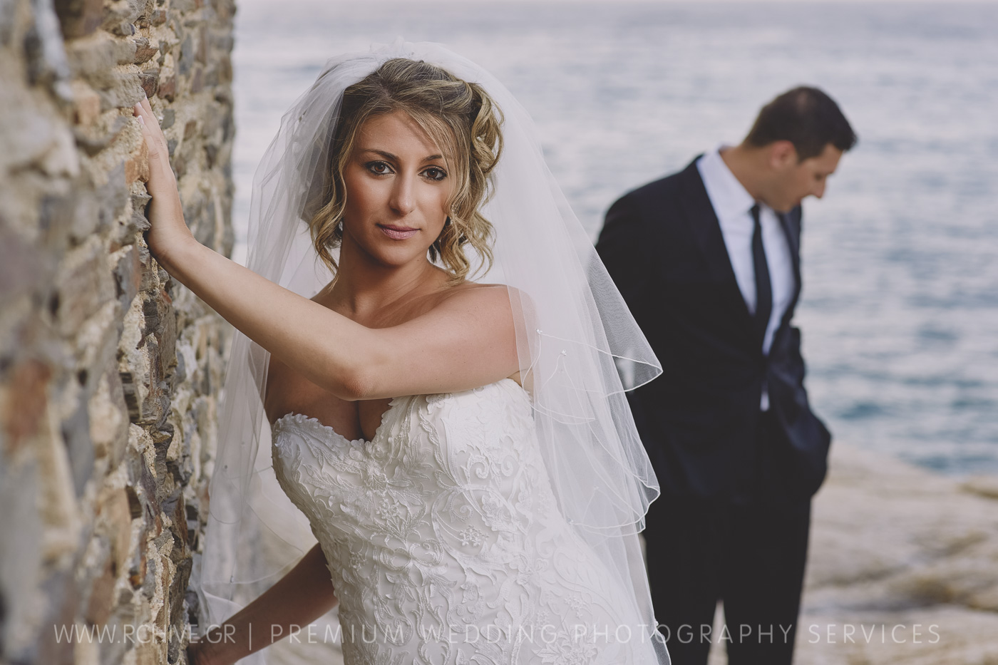 couples session ikaria wedding