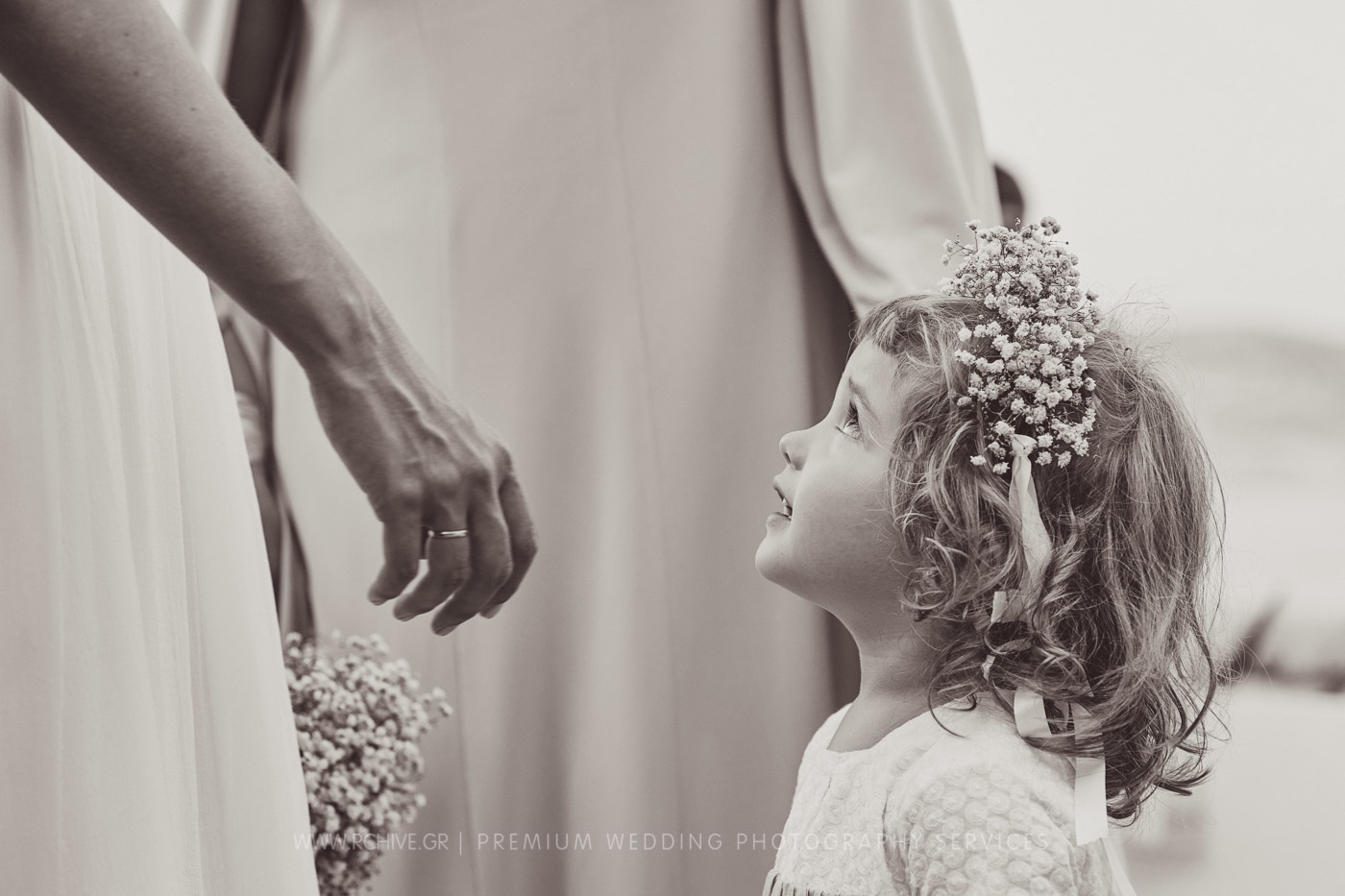 flower girl wedding photographer