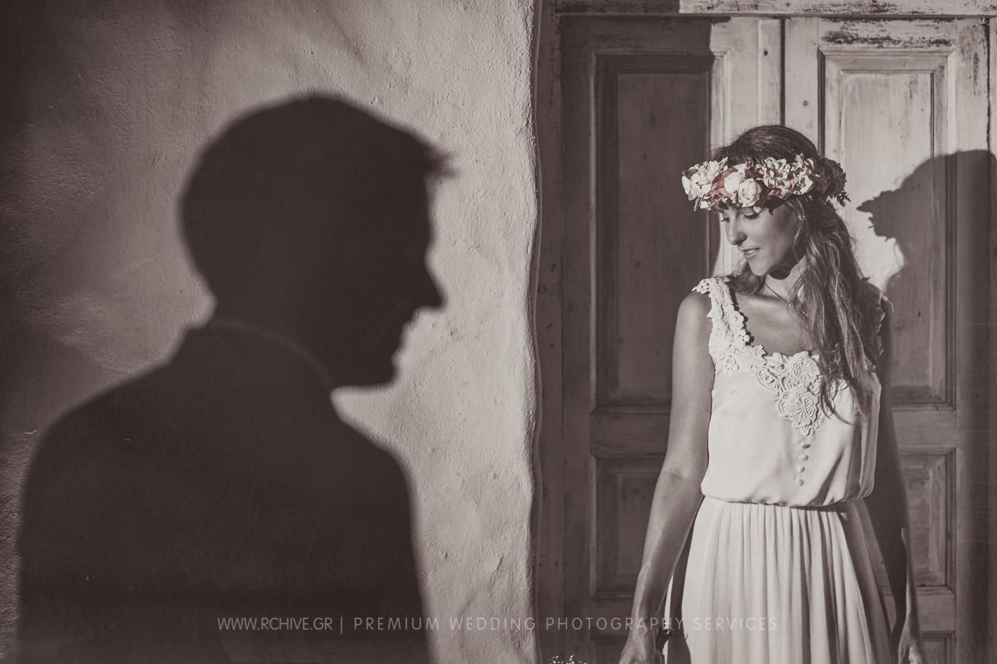 creative wedding photographer greece