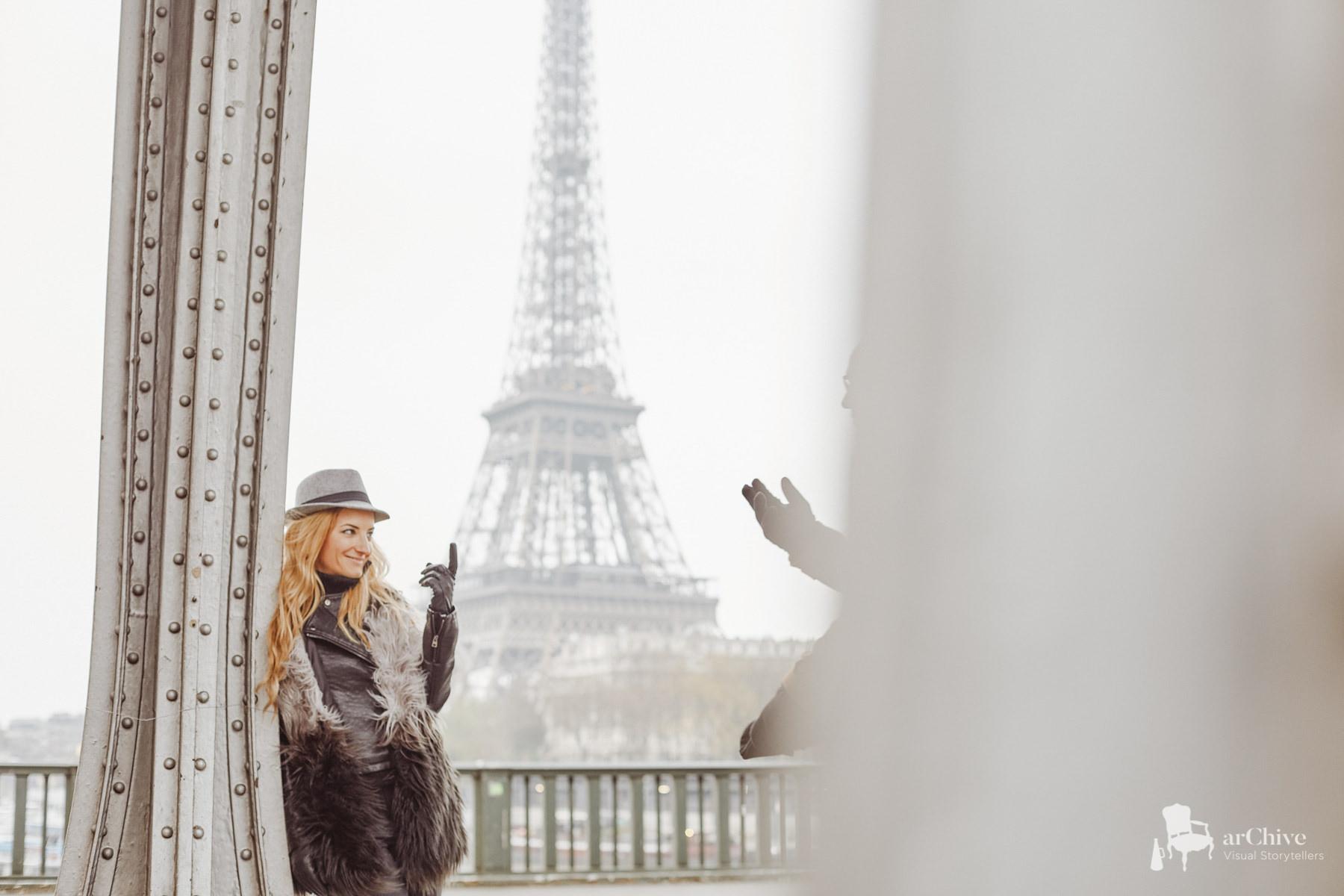 elopement photos paris